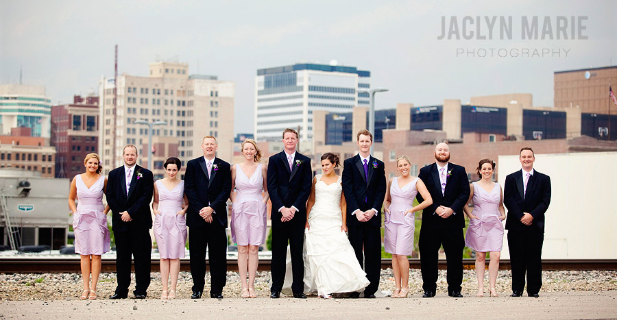 wedding party skyline photo
